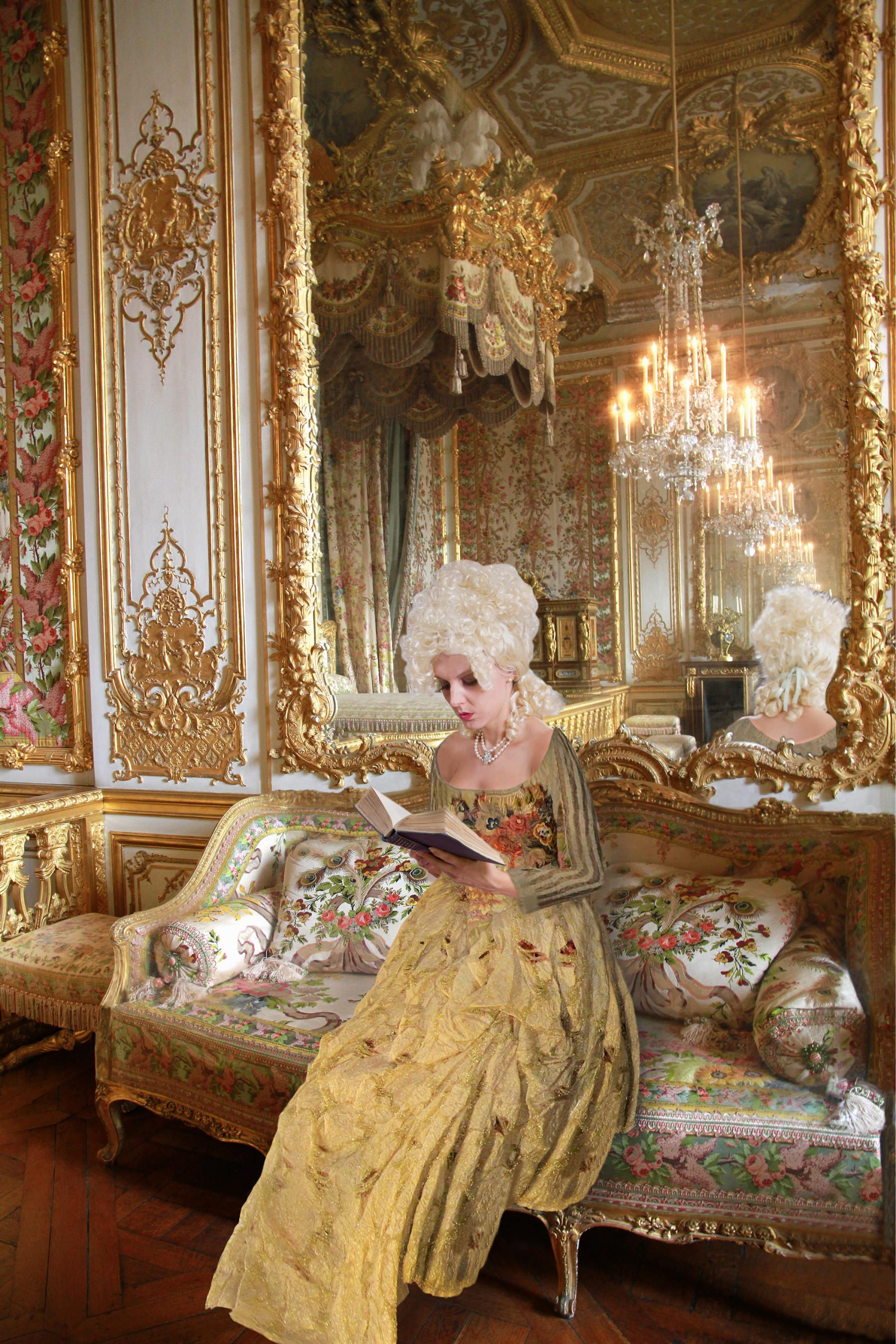 Holly Armishaw_Marie Antoinette_Reading Rousseau Discourse on the Origins of Inequality